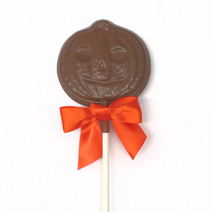 Our milk chocolate pumpkin pops are perfect for Halloween!