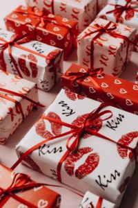 Trends in 2021: Why Buying Valentine's Day Candy Online Will Likely Be Big This Year